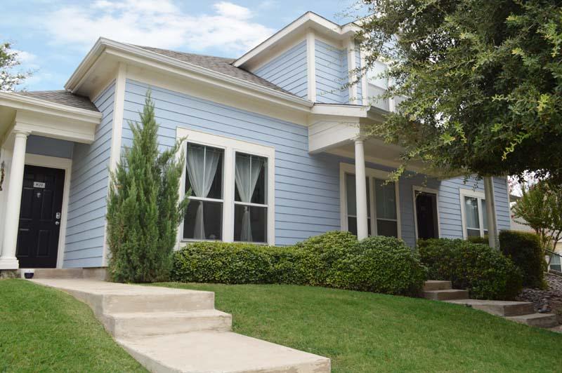 Hillside Apartments | (817) 952-5864